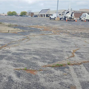 parking lots contribute to contaminant pollution